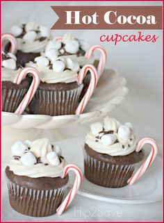 Easy Hot Cocoa Decorated Cup Cakes – Hip2Save