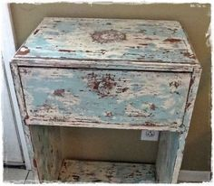 32 DIY Paint Techniques and Recipes - How to Get a Shabby Chic Distressed Paint Finish DIY! - Cool Painting Ideas for Walls and Furniture - Awesome Tutorials for Stencil Projects and Easy Step By Step Tutorials for Painting Beautiful Backgrounds and Patterns. Modern, Vintage, Distressed and Classic Looks for Home, Living Room, Bedroom and More http://diyjoy.com/diy-paint-techniques