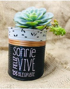 Tin Can Crafts, Decoupage, Planter Pots, Canning, Diy, Decorating, Country, Desk Arrangements, Creative Crafts