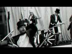 """The Hives """"Go Right Ahead"""" OFFICIAL VIDEO"""