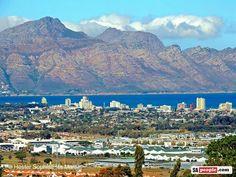 Somerset West, W.Cape Somerset West, The Republic, Cape Town, Homeland, South Africa, Paris Skyline, Road Trip, Landscapes, Wildlife
