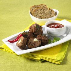 Gefüllte Hackbällchen mit Chili-Dip (Diät) Rezept