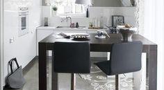 White kitchen ideas – elegant and modern kitchen interiors White Kitchen Cabinets, Kitchen Paint, Kitchen Decor, Kitchen Ideas, Modern Kitchen Interiors, Modern Interior, Interior Design, Small Space Kitchen, Small Spaces