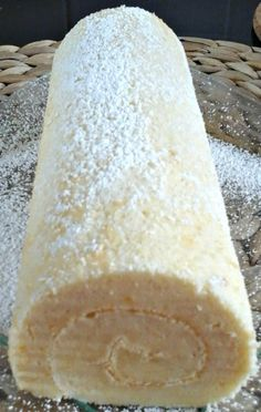 Swiss roll (grundläggande recept) – en ekorre i mitt kök - Schweizer Rezepte! Cooking Chef, Cooking Recipes, Gateau Cake, Cake Recipes, Dessert Recipes, Desserts With Biscuits, Thermomix Desserts, Pumpkin Dessert, Food Humor