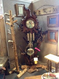 If you are looking for a STUNNING grandfather clock to outshine all others, then look no further! This absolutely gorgeous clock is like no other! From its finished redwood burl face, twisted redwood branches down to the burl base, this ONE of a kind clock is a showstopper! I guarantee you wont find another like it! But the picture doesn't do it justice, so come on down and see its glory for yourself!