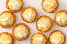 Lemon Recipes, Sweet Recipes, Delicious Recipes, Custard Recipes, Yummy Food, Lemon Custard Tart, Lemon Tarts, Easy Desserts, Dessert Recipes