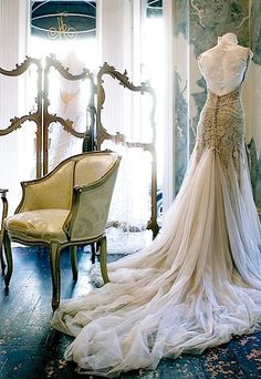Exquisite antique wedding gown. Beautiful