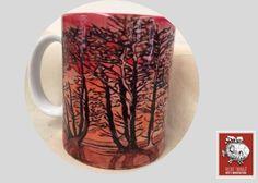 Taza decorada con diseño de Paulina Vilchis  Si buscas:  *Tazas decoradas para regalo  *Tazas decoradas de artista  *Tazas de café para negocio  llegaste al lugar correcto :) hacemos envíos a todo México.  Para pedidos de mayoreo comunicate a través de nuestra página web vilchistarrago.com