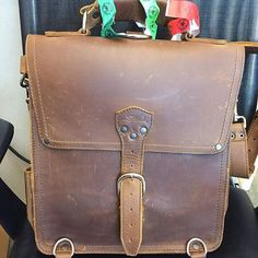 Thats a solid double play with the assist coming from the Red Sox. Hope you can catch a few more games before the season's out @joseduca!  #MessengerBag #TakeMeOutToTheBallGame #BostonRedSox #LeatherGoods #BetterWithAge #SaddlebackLeather