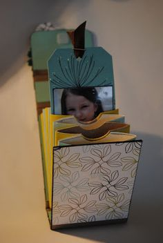 scrapping makes happy: Klorollen-Album mit Anleitung= Tuto mini avec des rouleaux de papier wc: https://fr.pinterest.com/dewoheidi/mini-album/