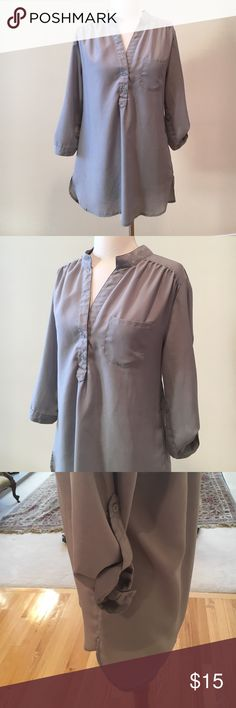 Arden B woven shirt tunic ✳Excellent condition. 100% polyester. Wear with leggings or skinny jeans! Has belt loops for skinny belt too! Arden B Tops Tunics