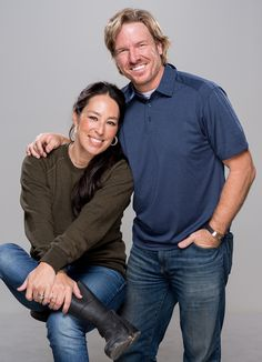 Chip and Joanna Gaines' New Cable Network Will Replace Discovery's DIY Network in Summer 2020 - Chip and Joanna Gaines' New Cable Network Will Replace Discovery's DIY Network in Summer 2020 Source by MinusFav - Gaines Fixer Upper, Fixer Upper Joanna, Magnolia Fixer Upper, Joanna Gaines Family, Joanna Gaines Style, Chip And Joanna Gaines, Jojo Gaines, Joanna Gaines House, Magnolia Farms