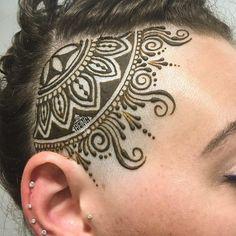 Unique mehndi design for head amazing