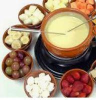 ENCONTRO DAS AMIGAS: fondue leve de morangos