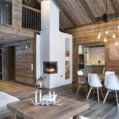 We all know that best ski resorts are in Alps or Pyrenees and best mountain homes are French or Swiss chalets. But do not forget the Scandinavians has ✌Pufikhomes - source of home inspiration Chalet Design, Cabin Design, Design Design, Cabin Homes, Log Homes, Scandinavian Cottage, Chalet Interior, Interior Design, Modern Mountain Home