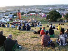 En nuestro blog hablamos de Glastonbury, ciudad de música, leyendas, sidra y queso Cheddar