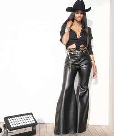 Ciara Brings Cowboy Style to Cannes Sexy Cowgirl, Cowgirl Hats, Cowgirl Outfits, Cowgirl Style, Cowgirl Tuff, Western Style, Cowboy Outfits For Women, Black Cowboy Hat, Black Cowboys