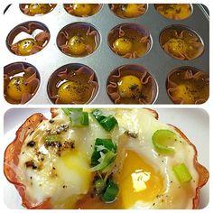 ➡Colocar na forminha o peito de Peru e quebrar o ovo, colocar um pouco de sal, queijo ralado.....  Colocar no Forno e ir olhando mais por volta de 20 minutos.....  Cada um 100 calorias....