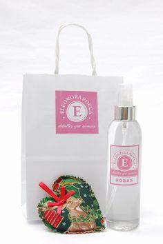 Mini Pack Navidad, corazon perfumado aroma rosas y un perfumador de 200 cc
