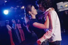 Cómo hacer tu propia pista de baile para una fiesta disco  | eHow en Español