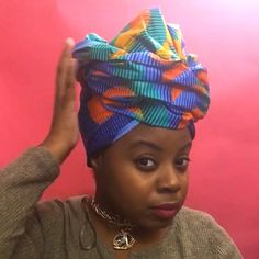 African Hair Wrap, African Head Wraps, African Head Scarf, Hair Wrap Scarf, Hair Scarf Styles, Bandana Hairstyles, African Hairstyles, Hairstyles Videos, Afro Punk