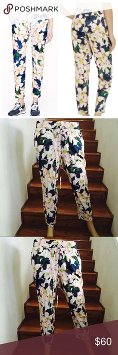 J.Crew Floral Pants EUC. Only worn a few times. Perfect for any occasions. Features: Stretchable Waistband and 2 front pockets. J. Crew Pants