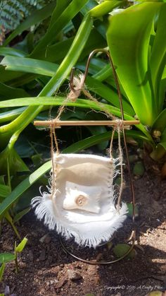 Gardening Diy Make a fairy hammock and spoil those fae folk - Easy DIY with full tutorial on… - Do you enjoy making fairy gardens? Then you'll love this tutorial that shows you how to make a little fairy hammock for the fae folk. Quick and easy DIY. Mini Fairy Garden, Fairy Garden Houses, Diy Fairy House, Fairy Gardening, Fairies Garden, Gardening Quotes, Flower Gardening, Container Gardening, Gardening Tips