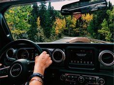 jeep n' nature My Dream Car, Dream Life, Dream Cars, Jeep Cars, Jeep Truck, Jeep Jeep, Car Goals, Cute Cars, Future Car