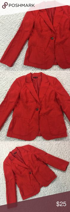 Rafaella red linen single button blazer 16 100% linen and super modern cut. Has shoulder pads. Gently used. Approximate measurements: chest 20in, length 25.5in. Rafaella Jackets & Coats Blazers
