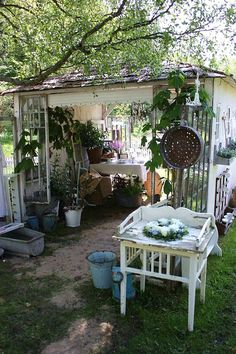 Summer Garden Shed, I want this!