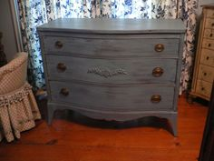 Looking for a cool way to redo a dresser. Love the color