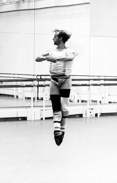 Royal Ballet principle Steven McRae in rehearsal by Charlie Dailey #stage #ballet #royalballet #stevenmcrea #rehearsal #bts #photography