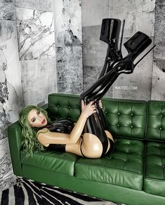 Extreme High Heels, And God Created Woman, Coloured Hair, High Heels Stilettos, Latex, Erotic, Sexy Women, Color, Home Decor
