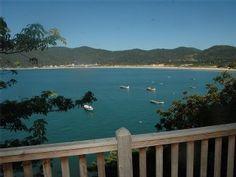 CASA COM AMBIENTE E VISTA MUITO ESPECIAISImóvel para temporada em Pântano do Sul da @HomeAway! #vacation #rental #travel #homeaway