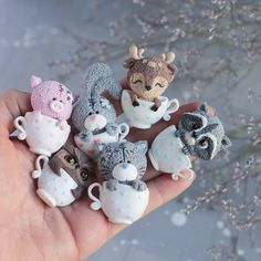 No automatic alt text available. Cute Polymer Clay, Polymer Clay Animals, Cute Clay, Polymer Clay Miniatures, Fimo Clay, Polymer Clay Charms, Handmade Polymer Clay, Paperclay, Cold Porcelain