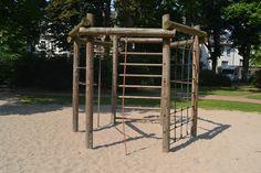 """Mittelgroßer Spielplatz am """"Bunten Garten"""" in MG-Stadtmitte - (26.07.2012)"""