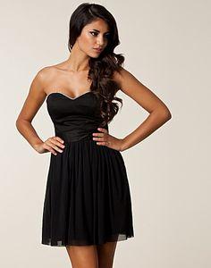 Bandeau Diamante Dress - Elise Ryan - Zwart - Feestjurken - Kleding - NELLY.COM Mode online