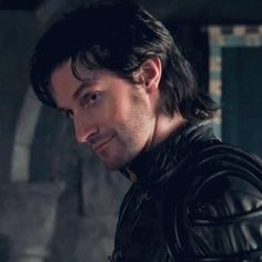 Robin Hood is now on Net Flix! Oh yeah! Uh huh! Guy of Gisborne, here I come! *wink*
