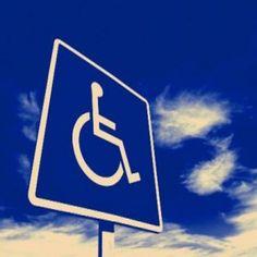 O Vagas Inclusivas é uma ferramenta de recrutamento e seleção de profissionais com deficiência com base na web (e-recruitment inclusivo). E o Catraca Livre destaca 10 vagas de emprego para cidades como São Paulo, Brasília e Rio de Janeiro.