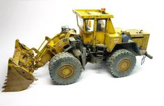 TBMODELS. CZ has in catalog the ZTS STAVOSTROS KNB 250 wheeled loader 1/35 in resin painted by Michal Pistonlero G