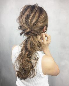 Make a longing foreign style like this! Bride Hairstyles, Pretty Hairstyles, Ulzzang Hair, Hair Arrange, Japanese Hairstyle, About Hair, Hair Designs, Hair Looks, Hair Type