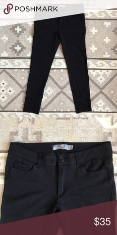Paige Denim Black Jeggings Comfy black jeggings that are perfect for work or the weekend. Jeans style details give them a dressier feel. Anthropologie Pants