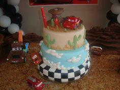 Carros #cake #bolocarros #cakecars
