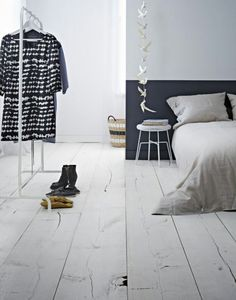 47 Ideas Clothes Store Design Interior Style For 2019 Diy Interior, Interior Styling, Interior Design, Home Bedroom, Modern Bedroom, Minimal Bedroom, Bedroom Decor, Half Painted Walls, Black Headboard