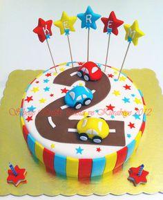 Sibel'in Tarif Defteri Sibelle Butik Pasta ve Kurabiye Tasarımı: KEREM'İN ARABALI 2 YAŞ PASTASI cake wedding cake kindergeburtstag ohne backen rezepte schneller cake cake Buttercream Cake, Fondant Cakes, Transportation Birthday, Shark Cake, Jungle Cake, Fantasy Cake, 2 Birthday Cake, Cake Photography, Cookie Designs