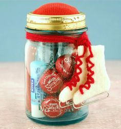 Homemade Valentines Day Gifts in a Jar - Ice Skating Date in a Jar - DIY Valentines Day Ideas