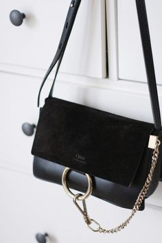 Chloé Small Black Handbag, Small Black Crossbody Bag, Crossbody Bags,  Clutch Bags, 612b519d9d
