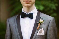 Satin trimmed lapels! Sharp groom's style / Ashley Ludaescher Photography
