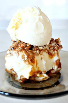 Caramel, Pretzel, peanuts and mixed seeds vanilla ice cream cake - Craftfoxes