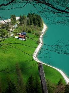 #Achensee und #Achenkirch im Mai 2013 - Bildimpressionen und Kurzbericht von Gaby und Thomas Schmidtkonz: http://www.reiseziele.com/reiseziele/achensee-2013/achensee-2013.asp